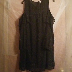 Old Navy Dress Cut Out Shoulders Size Large NWOT